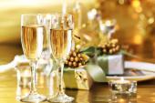 [表参道] 12月15日(木)独身スパークリングワイン会@表参道【男性45歳/女性40歳】