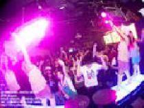 """[六本木] 【毎週""""木曜日""""】女性は300円飲み放題♪★レディースNight(22:30~翌05:00)★at『GALLERY ROPPONGI』★西麻布の高級隠..."""