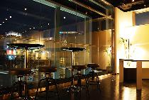 [銀座駅B5出口1分] 【250人の国際パーティー!】銀座1分☆飲み放題+スナック ☆洗練された内装と夜景の綺麗な11階♪