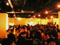 [銀座] 【200人規模】の国際パーティー3/15土曜!銀座2分☆飲み放題+スナック ☆洗練された内装と夜景の綺麗な9階♪