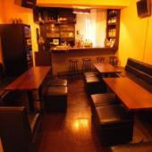ガールズバー&コワーキングカフェ&イベントカフェ!?異色の空間で旅行&アウトドア好きの友達を見つける会【BarKコラボ】