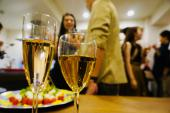 [恵比寿] 【40名☆20代限定ホームパーティー】男性大手企業など資格限定!スパークリングワイン&シェフのお手製料理をお楽しみ♪